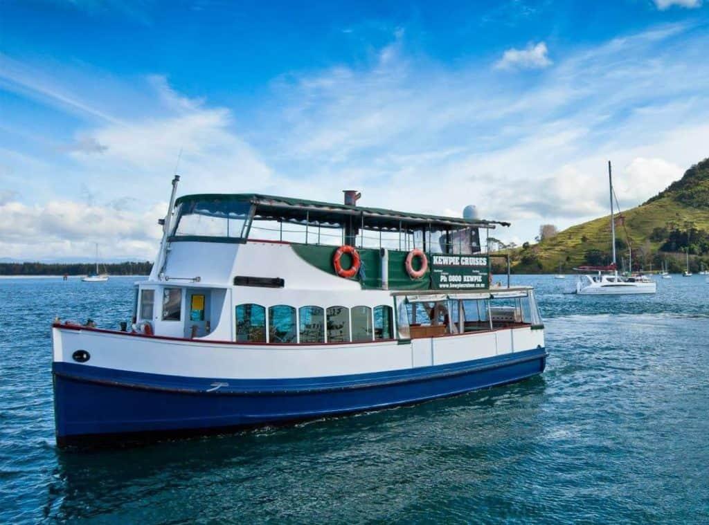 Kewpie Cruises at Sea